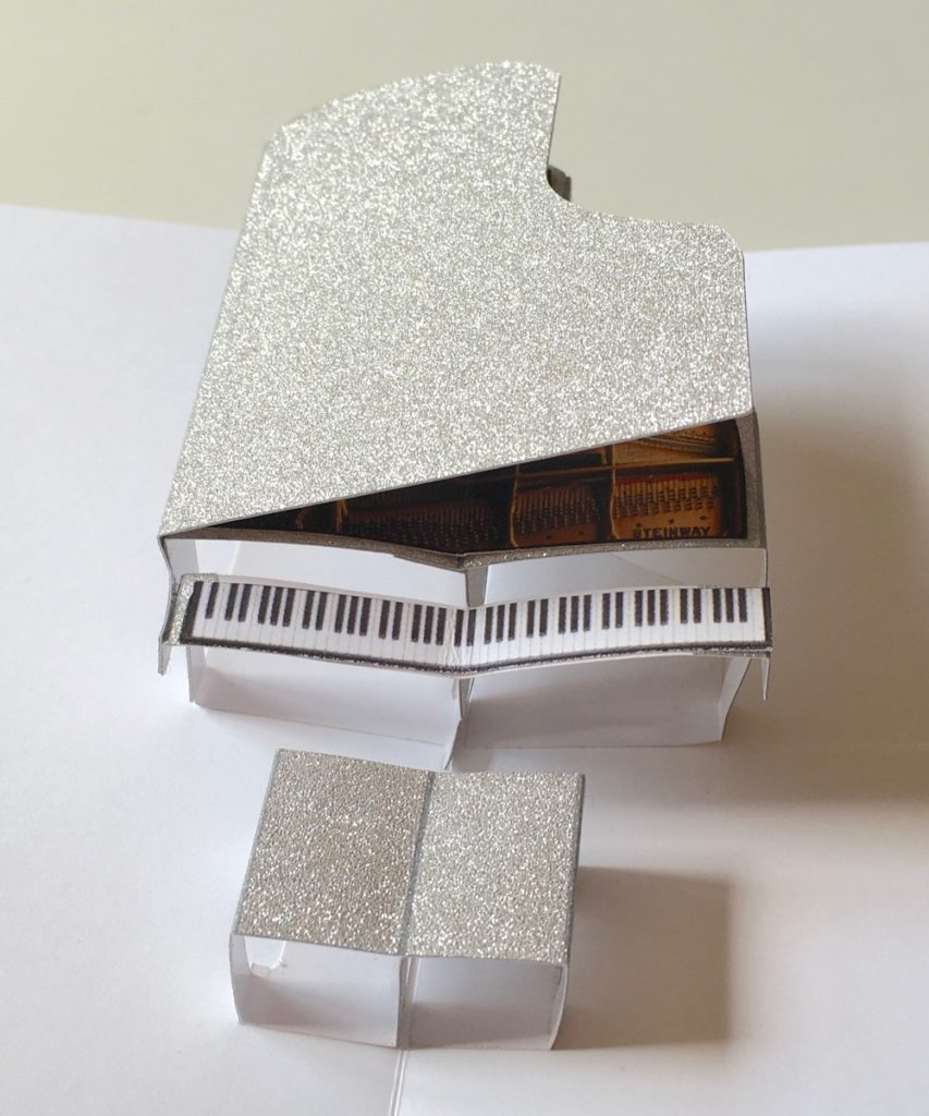 liberace-3D grand piano