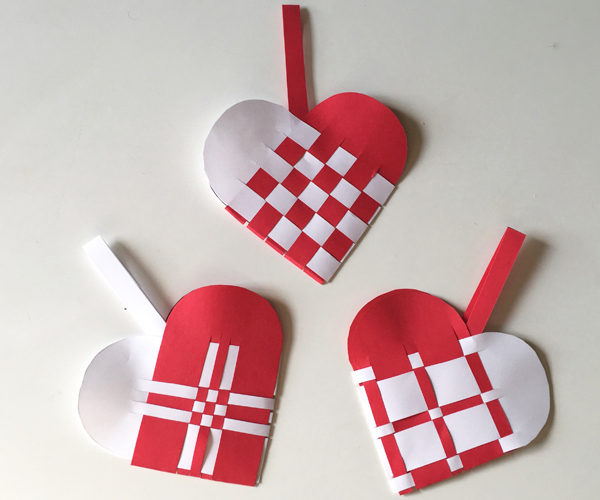 How To Make A Woven Heart Basket : Woven heart basket
