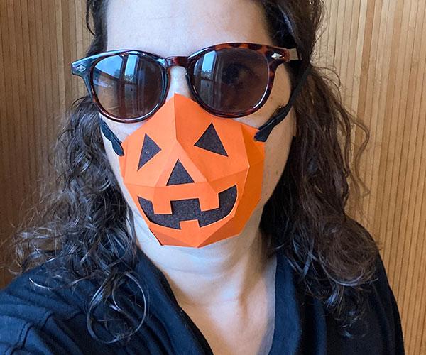 Pumpkin no-sew face mask